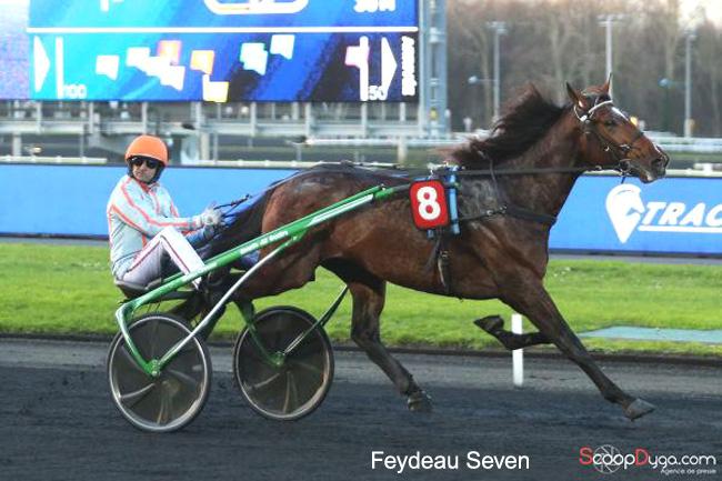 Victoire de Feydeau Seven