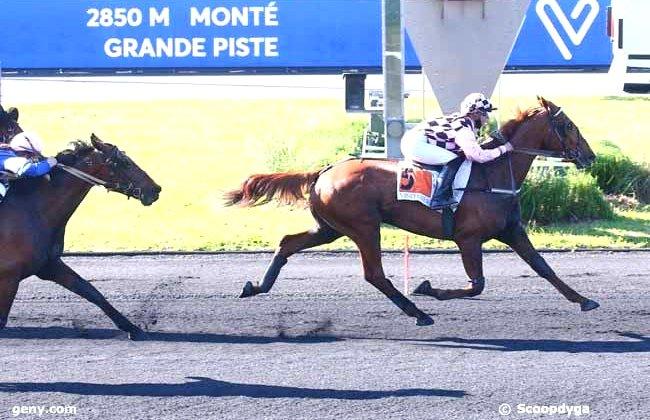 Victoire pour Eveil du Chatelet avec M. Herleiksplass